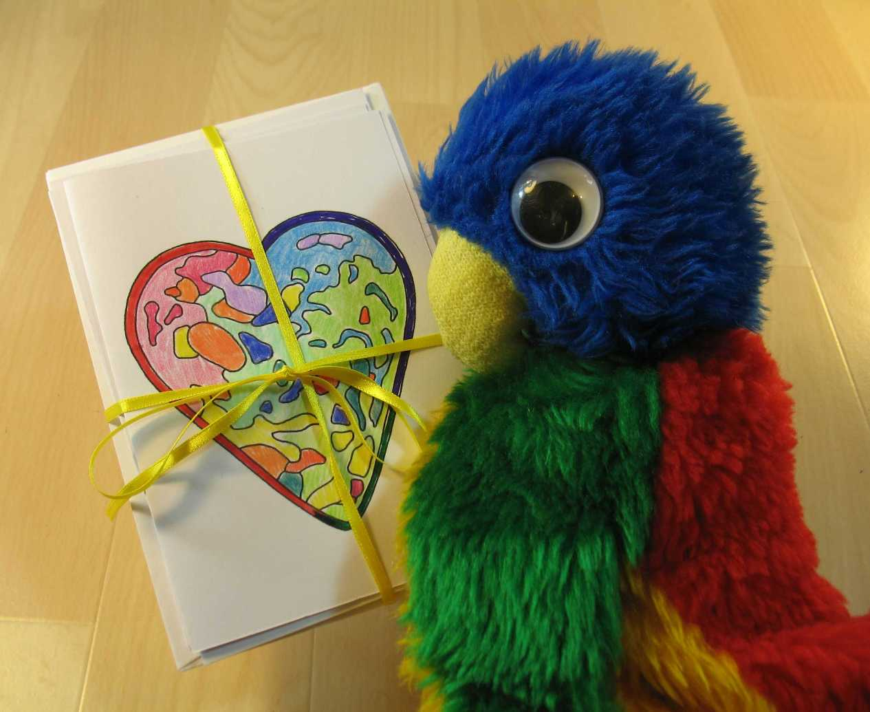 Blue parrot with card gift pack